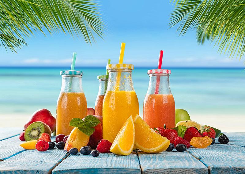 fruits saison juillet été smoothies cocktail plage