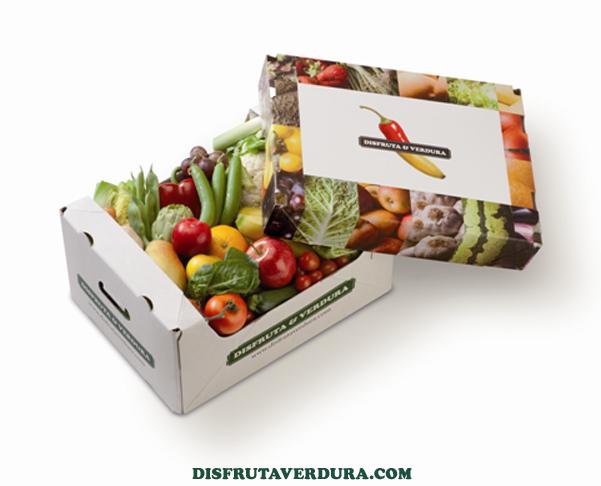 Boîte de fruits en ligne chez le marchand de fruits et légumes
